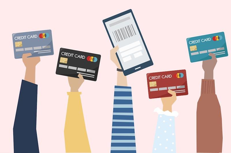 Shopping on line, in tempo di saldi ci piace di più,  ma sappiamo usare le nostre carte di credito ?