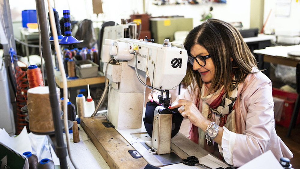 """Loredana, di madre in figlia, una storia di lavoratrici """"Made in Italy"""""""