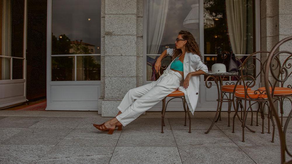 Chi è Francesca ?  Blogger frenetica innamorata di viaggi e di moda.